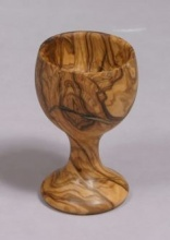Olive wood agg cup